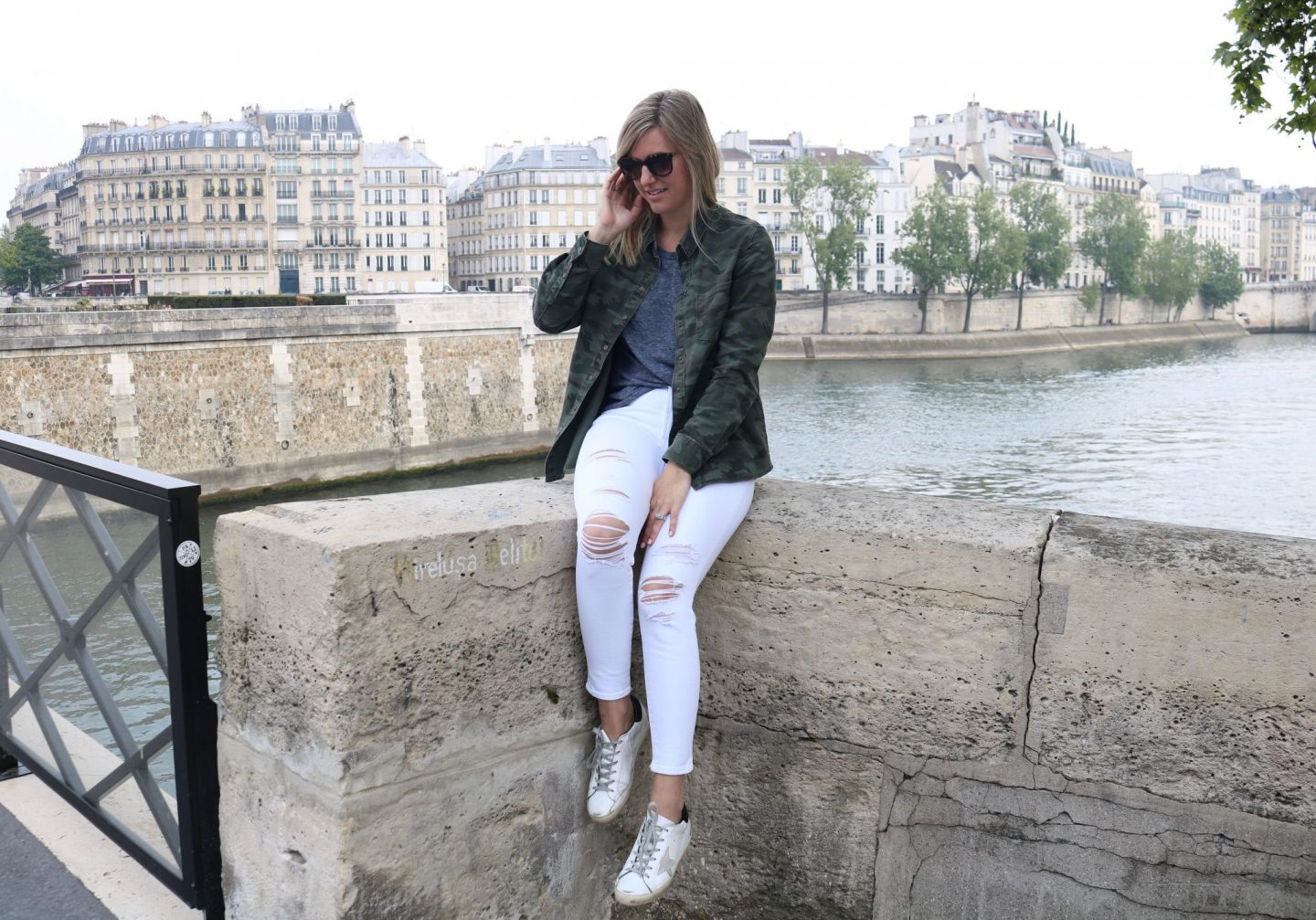 notredame,streetstyleparis,whitedenim,camojacket