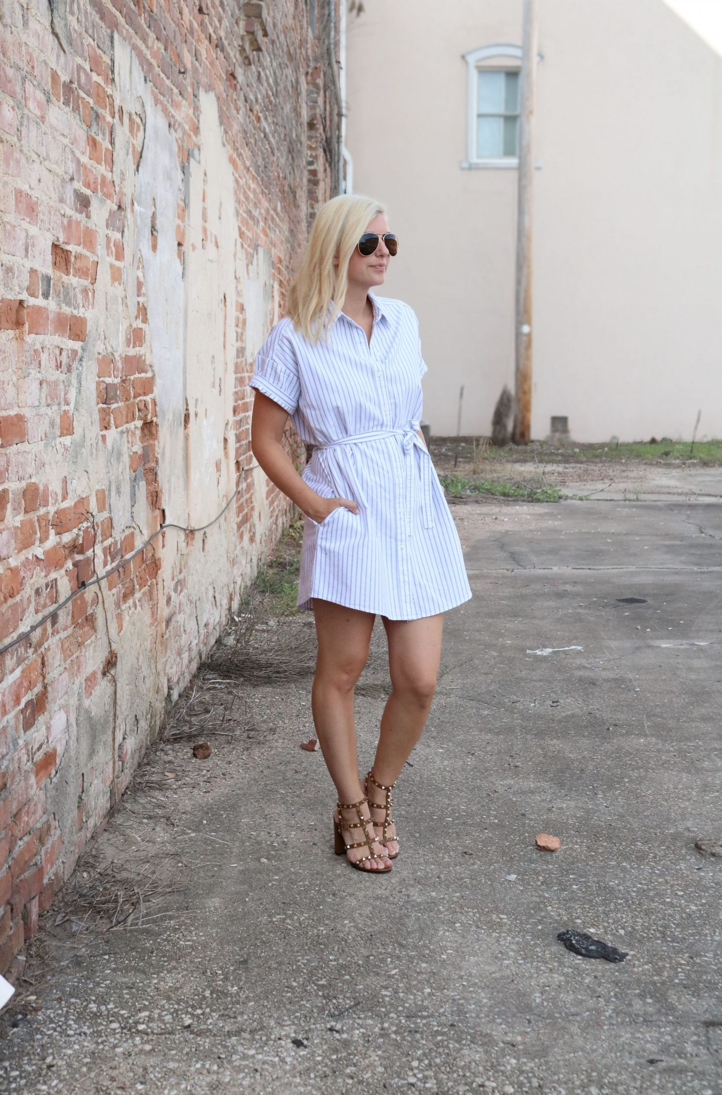 styling a shirtdress, how to wear rockstud heels