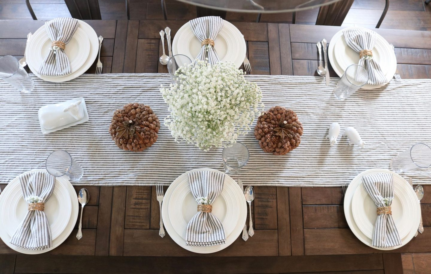 Thanksgiving Table Decorations - Table Top Inspiration for Thanksgiving