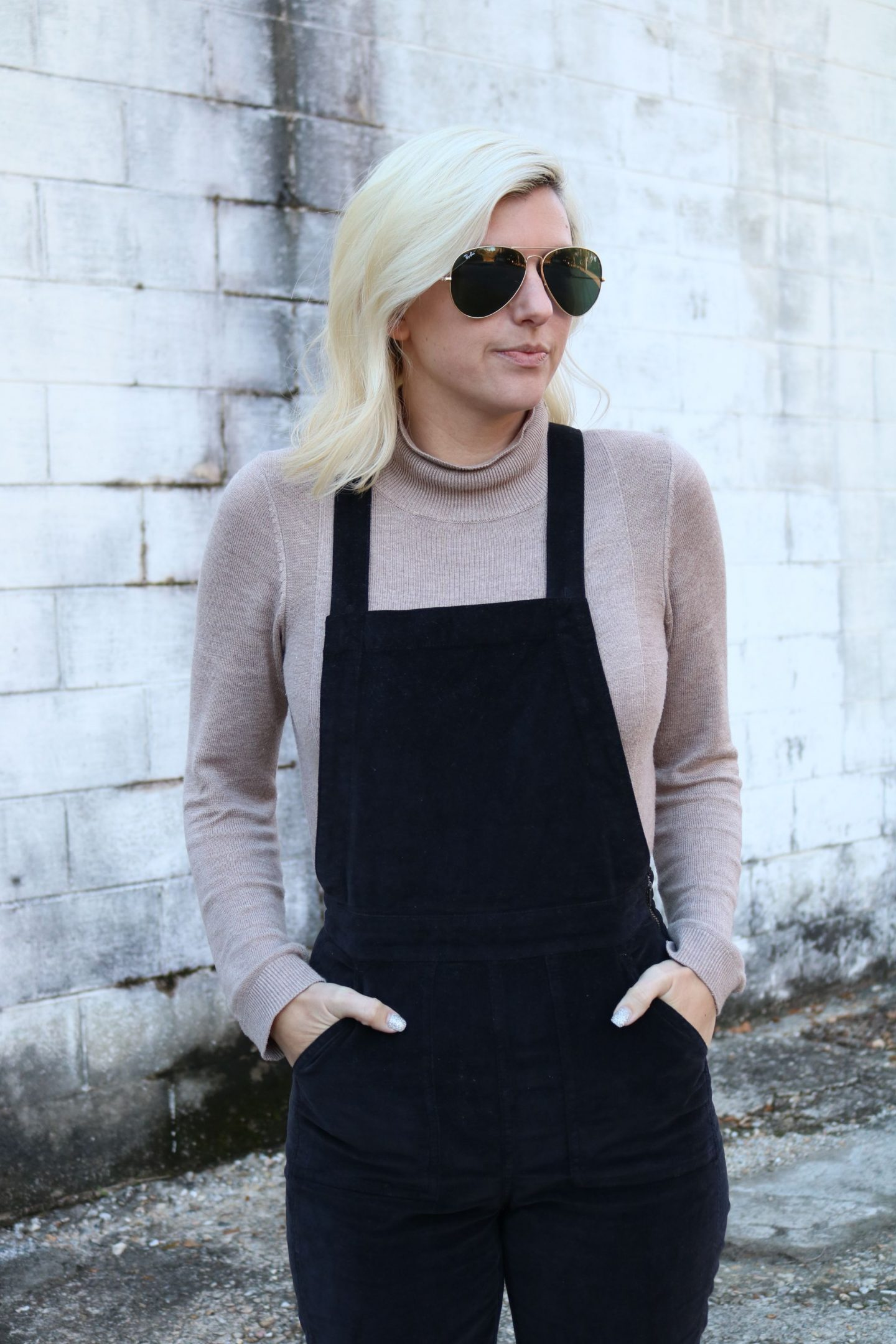 how to wear overalls, velvet overalls