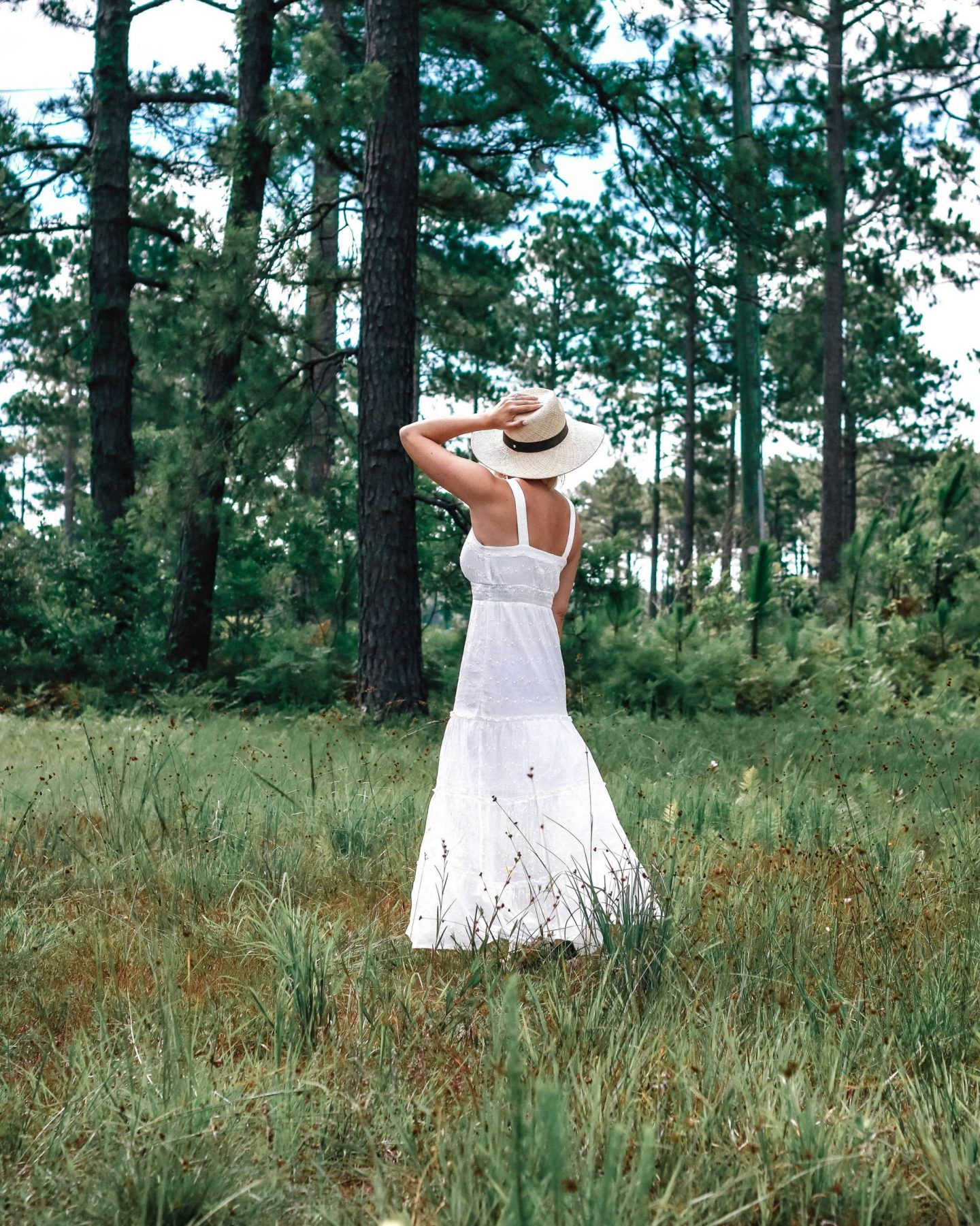 settling southern, how to wear a janessa leone hat, target style dress, who what wear dress, in the woods photography