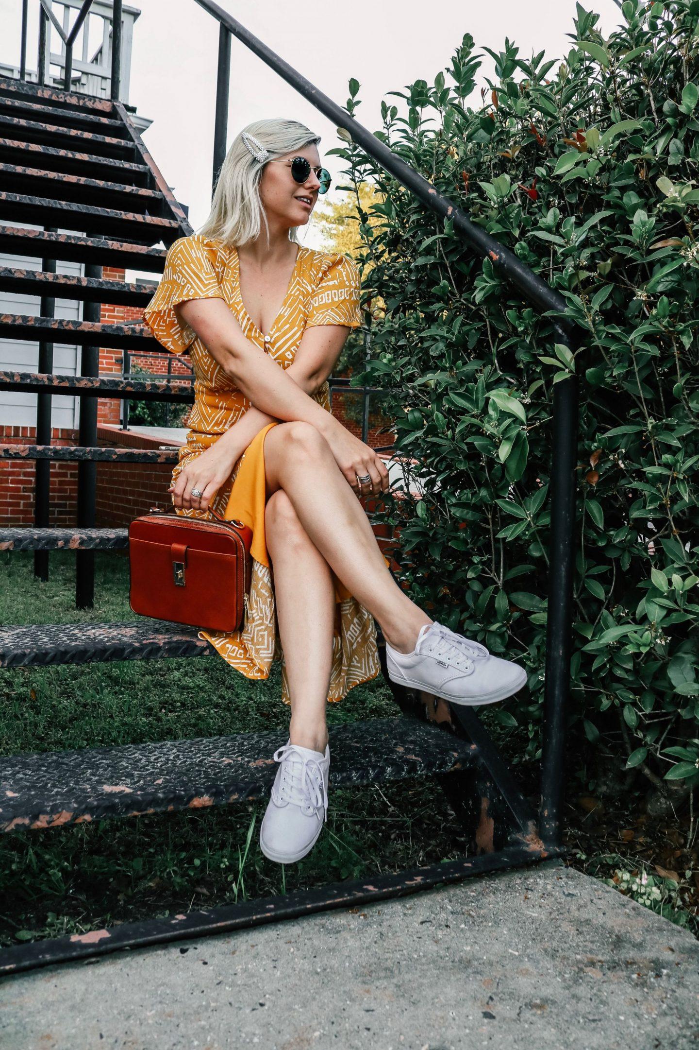 brahmin Evie bag, Evie bag, tripod photography, shooting content